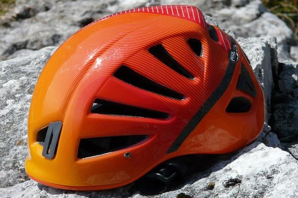 performance climbing helmet